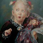 Portret realist. Portret copii. Portret fetita cu papusa. Portret pictat manual la comanda. Tablou cu portret personalizat.