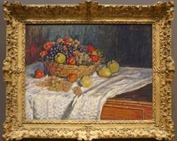 Cesto con mele ed uva, Tablou natura statica cu vas inbelsugat cu fructe, tablou cu fructe de toamna