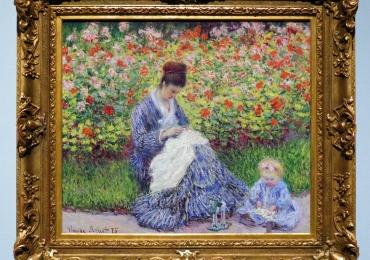 Monet Camille Monet con un bambino in giardino,  tablou peisaj de vara, Reproduceri pictori celebri, tablou cu femeie si copil in gradina de flori
