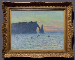 Monet Etretat la scogliera d'Aval al tramonto,  tablou peisaj cu marea la apus de soare, Reproduceri pictori celebri