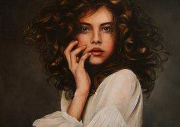 Pictura portret la comanda, Tablouri pictate manual, portret de femeie cu parul castaniu, portret de adolescenta