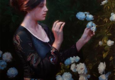 Portret de femeie in gradina cu trandafiri albi. Portrete figurative. Portret la comanda