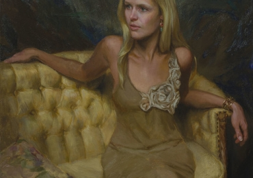 Portret de femeie pe canapea de epoca. Portrete figurative. Portret la comanda