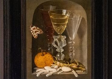 Wine Glasses, an Orange, Hazelnuts and Sweetsin a Niche 1610, Tablouri cu  pahare din cristal
