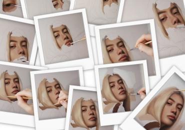 tabou cu femeie blonda, Portret dupa fotografie, Tablouri pictate manual.